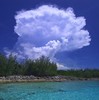 cloud on the rocks, nassau bahamas by Leon Joubert