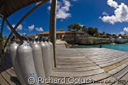 Dive Deck-Bonaire by Richard Goluch