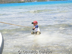 Cayo Enrique, Lajas La Parguera,  Tati Way in his first g... by Osvaldo Deleon