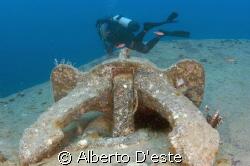 Scubagirl & Wreck Nikon D70S - 16mm - DS160 by Alberto D'este