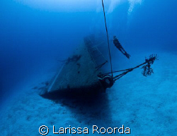 Adam at the MV Captain Keith Tibbett's wreck in Cayman Br... by Larissa Roorda