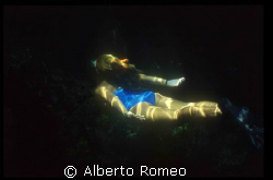SUN RAY ON THE SKINDIVER. 