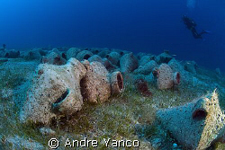 Amphoramania !  Shot off the coast of Kaş in the Meditera... by Andre Yanco