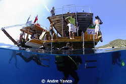 Divers at the end of a dive... Shot in Kas with D200 and ... by Andre Yanco