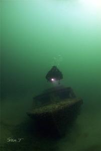 My buddy Ray, Neuchâtel's lake by Sven Tramaux