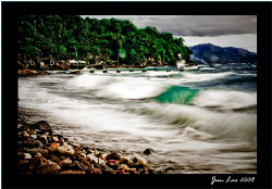 after the storm despite rolling seas, divers flock batang... by Jun Lao
