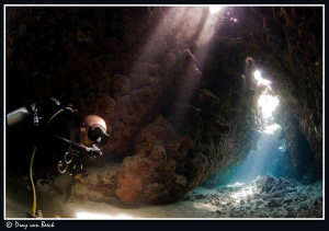 Selfportret in the caves. by Dray Van Beeck