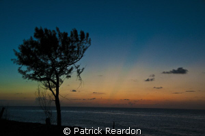 Absolutely gorgeous sunset taken at Conch Point, Grand Ca... by Patrick Reardon