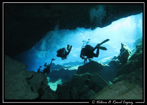 Picture taken with a Canon G9 in a cenotes (Yucatan-Mexico). by Raoul Caprez
