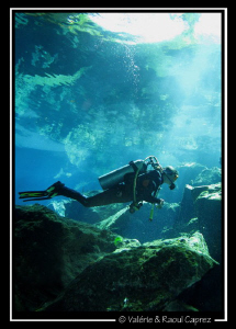 Taken in a cenote (Yucatan) with a Canon G9. by Raoul Caprez