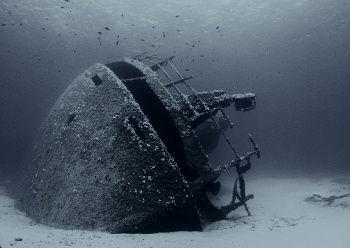 End of dive all alone in water. Elba 9/2004 by Alena Vorackova
