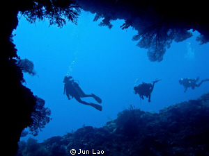 Siaes Tunnel- Palau   watch-> http://www.youtube.com/watc... by Jun Lao
