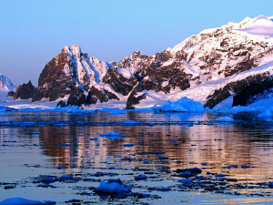 perpetual sunset on the Antarctic Cricle by Andrew Macleod