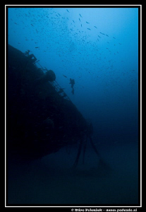 Elhawistar wreck on cloudy day with great visibility by Miro Polensek