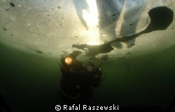 stone-pit ZIMNIK,ice diving,January 2009 by Rafal Raszewski