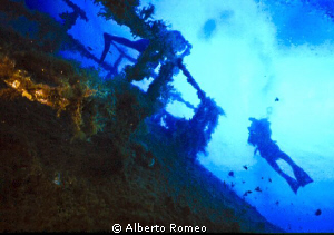 """Diving on """" Carmelo Lo Porto"""" wreck. by Alberto Romeo"""