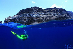 Incredibly blue water around El Hierro, the most occident... by Arthur Telle Thiemann