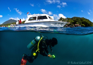 """New day in Lembeh""-time to go down.. by Richard Goluch"