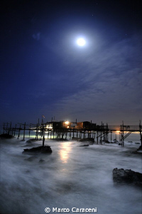 TRABOCCO BY NIGHT by Marco Caraceni
