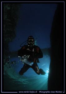 Diver in the Verzasca River... Que du bonheur... :O).... by Michel Lonfat