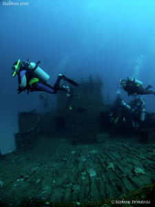 The Kuda Giri wreck. Canon G10, dyron 12mm fisheye. by Bea & Stef Primatesta