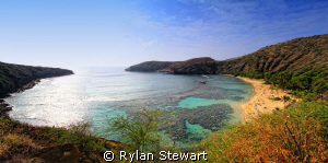 Hanauma Bay, Hawaii by Rylan Stewart