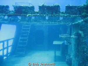 Photo of C-58 wreck in Cozumel by Bob Jeannetti