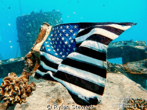 Someone place a flag on the YO-257 shipwreck just before ... by Rylan Stewart