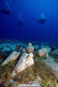 Amphoras & Divers by Rico Besserdich