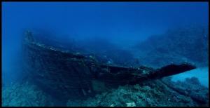 Wreck of safari diving boat by Veronika Matějková