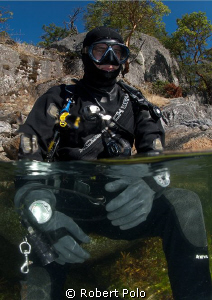 Cold water diver by Robert Polo