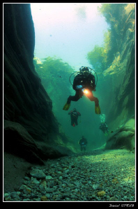 Diving in the clear waters of Verzasca :-D by Daniel Strub