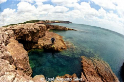 Diver, the center of the SeaWorld by José Augusto Silva