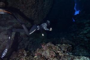 Caves freediving by Veronika Matějková