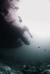 How to photograph the most photographed wreck in the Worl... by Peter Symes