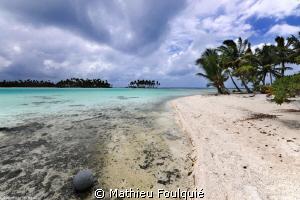 blue lagoon. Rangiroa atoll by Mathieu Foulquié