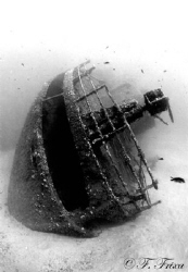 Elviscott. Famous sunken wreck on the beach Pomonte (Elba... by Fabrizio Frixa