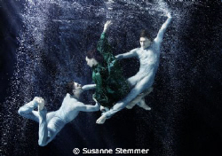 VIENNA STATE OPERA BALLET COMPANY UNDERWATER - thanks for... by Susanne Stemmer