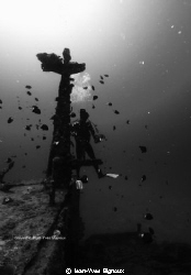 Azuma Maru shipwreck Black and white Photography ,mast of... by Jean-Yves Bignoux