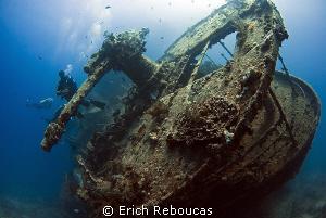 Stern gun of the SS Thistlegorm by Erich Reboucas