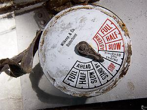Engine Telegraph of the TC SG 119 shipwreck in Kas/Turkey... by Rico Besserdich