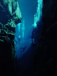 silfra iceland, nikonos 35mm by Christopher Hamilton