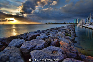A soothing sunset on the jetty by Rylan Stewart