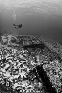 Yolanda, the wreck of the toilets in the Red Sea by Erich Reboucas