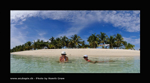 Degassing :) - Calangaman Island - Cebu - Philipines by Henrik Gram Rasmussen
