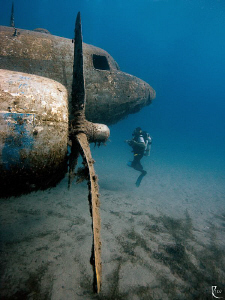 Airplane wreck in natural light ( no strobe ). Canon 40D,... by Rico Besserdich