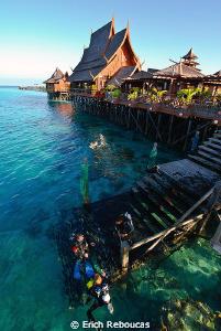 Paradise on stilts by Erich Reboucas