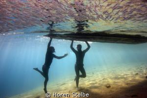 Sea dancers. Canon 550d, Tokina 10-17mm by Horen Stalbe