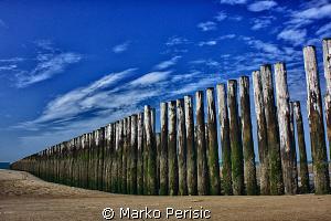 BEACH BREAK ZEELAND. HDR by Marko Perisic
