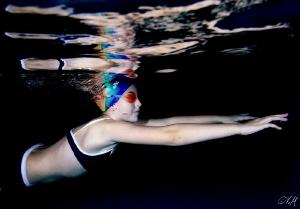 Swimmer training /SWIMMINGPOOL/ by Veronika Matějková